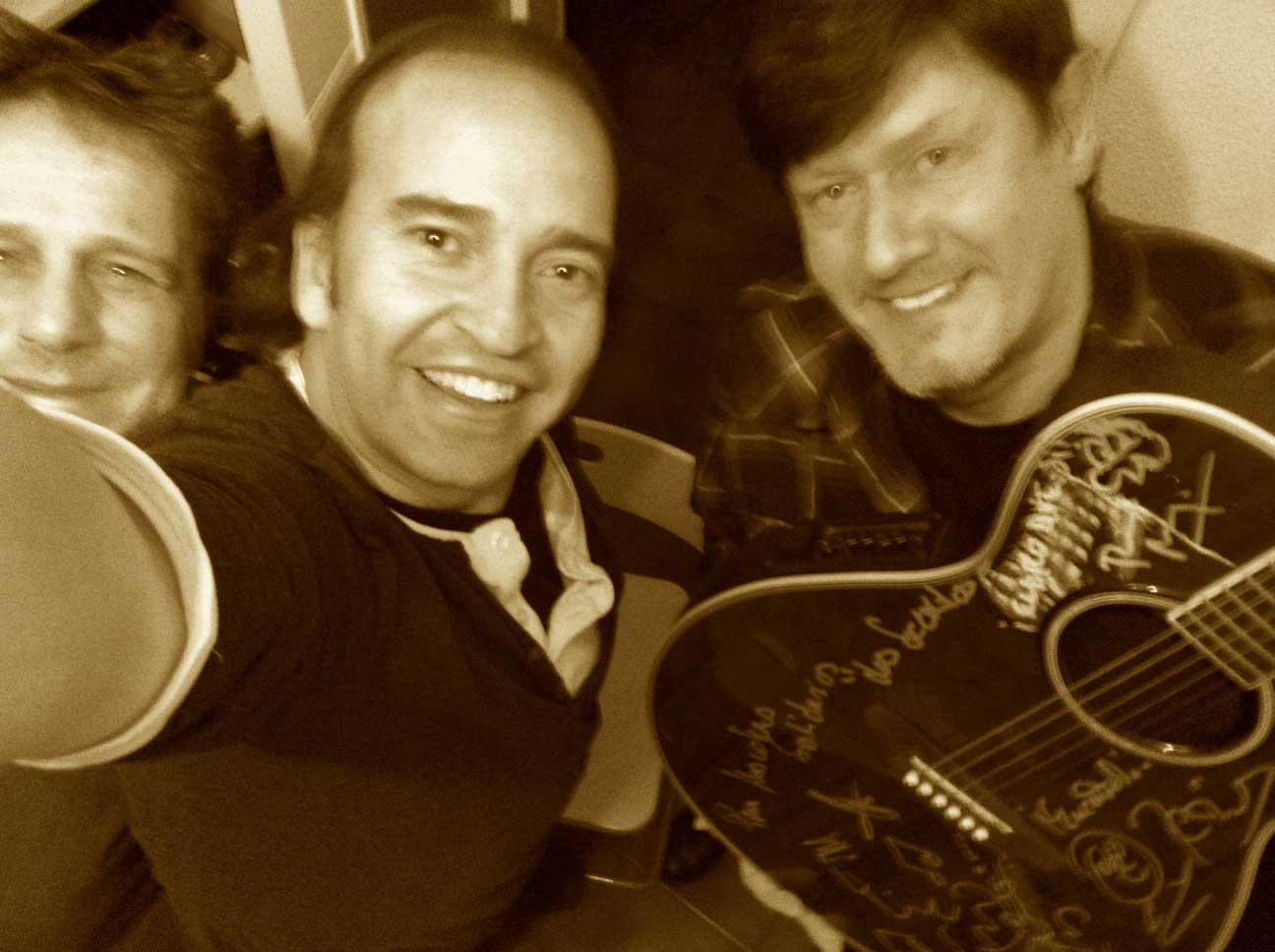 Roquero. la guitarra de Los secretos!